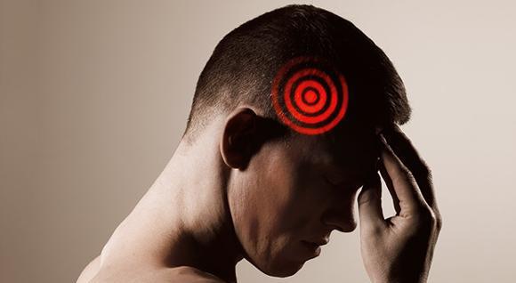 عوارض فشار خون بالا:آسیب به مغز
