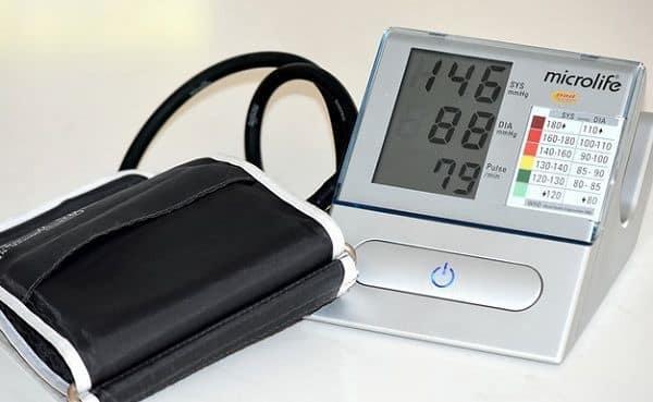 اختلاف فشار سیستول و دیاستول در تشخیص میزان فشارخون