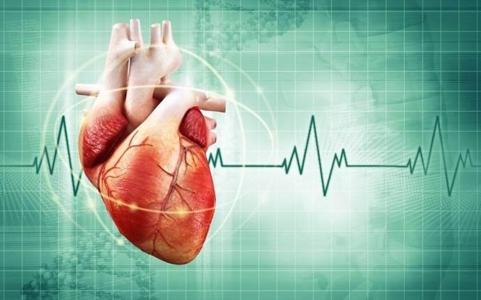 تپش قلب تند یکی از علائم گرفتگی رگ قلب