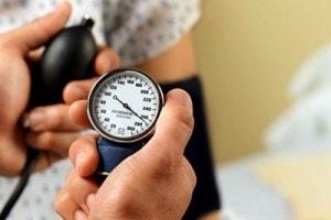 طریقه اندازه گیری فشار خون با دستگاه فشار خون