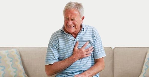علائم سکته قلبی در سالمندان