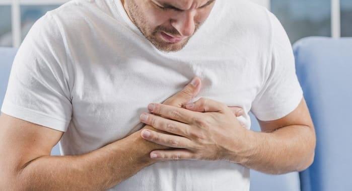 علائم کاردیومیوپاتی اتساعی و ضعف ماهیچهی قلب