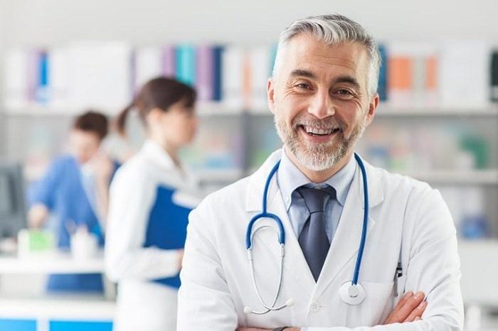 فاکتورهای موثر در انتخاب بهترین متخصص قلب در تهران و کرج