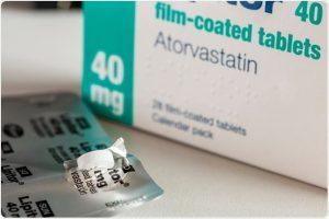 قرص آتورواستاتین برای کاهش کلسترول بد خون زمان مصرف لیپیتور
