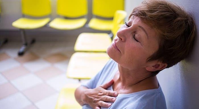 لرزش قفسه سینه و بیماریهای قلبی