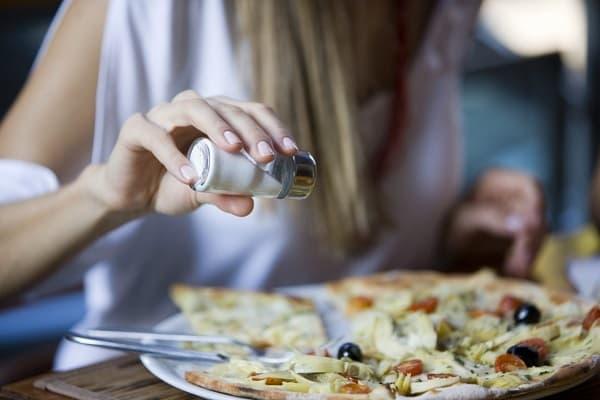 مصرف نمک کافی برای فشار پایین