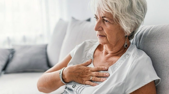 وقتی که درد قفسه سینه را تجربه میکنید