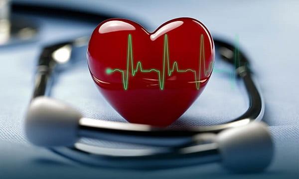 چه زمانی باید به متخصص قلب مراجعه کنید؟